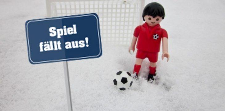 """Schnee sagt """"Hallo"""", Fußball sagt """"Adieu"""""""