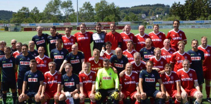 Benefizspiel zugunsten des erkrankten Ben – 1. FC Köln schlägt SV Rothemühle